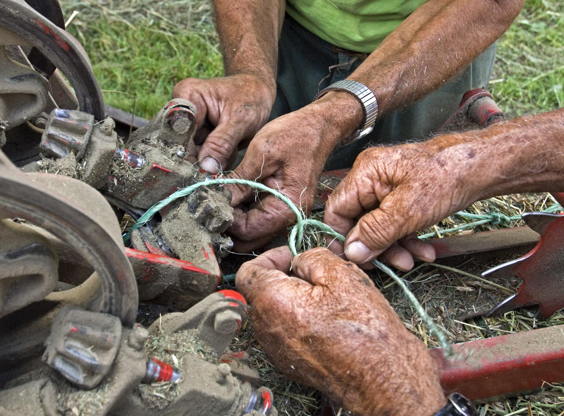 hands-fixing