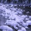 stream-snow-pillows